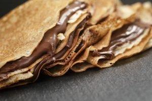Crepes dolci con Nutella, marmellata e panna. Ecco 5 idee golose