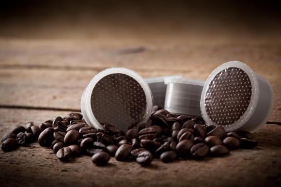 """Capsule di caffè ritirate dal mercato: """"Frammenti di plastica nel caffè"""""""