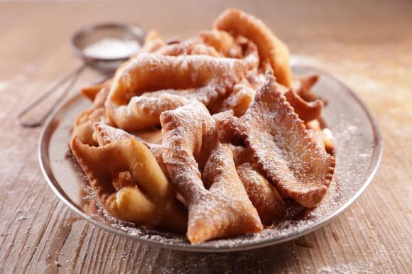 Dolci di Carnevale: 5 idee di dolci fritti e al forno