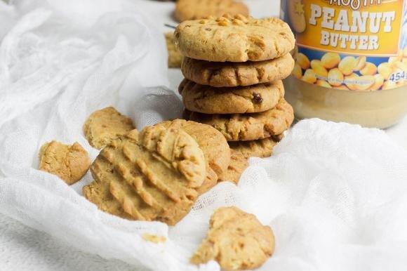 Biscotti alle arachidi e zucchero di canna