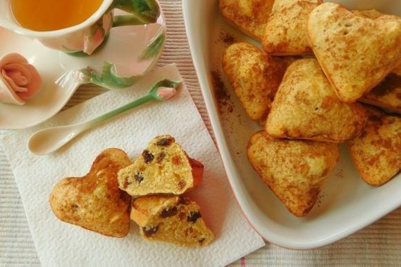 Biscotti morbidi cocco, baileys, uvetta e cannella