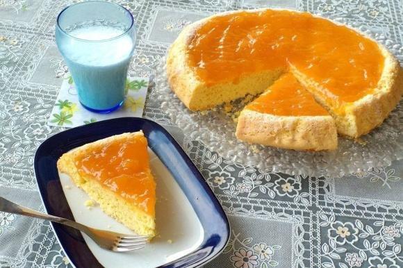 Crostata morbida senza glutine con marmellata