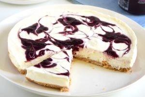 Cheesecake senza cottura alla marmellata