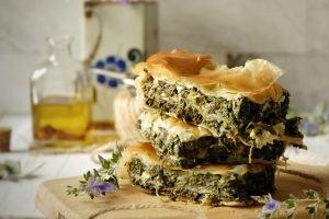 Spanakopita: torta rustica greca spinaci e feta