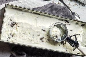 Gelato furbo alla vaniglia e biscotto