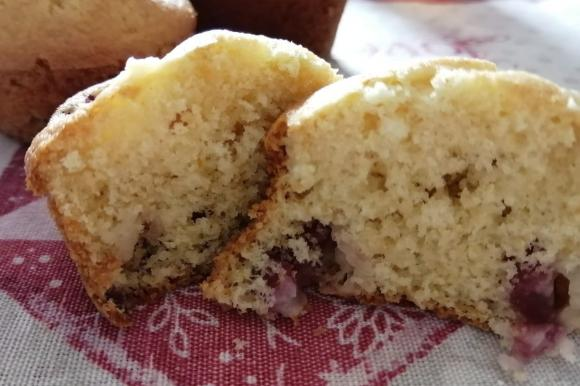 Muffin soffici all'uva