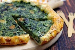 Torta salata con spinaci, melanzane e ricotta
