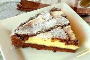 Crostata al cacao con crema di pere