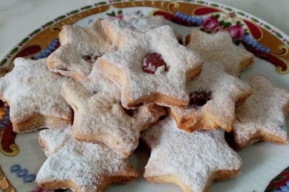 Biscotti con uva fresca