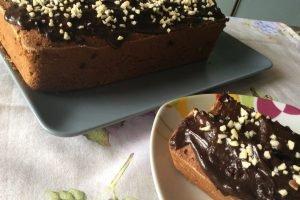 Plumcake alle castagne con cioccolato e zucchero di canna