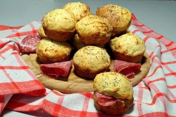 Muffin al pecorino e grana