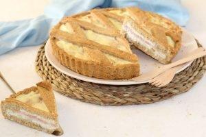 Crostata salata integrale con prosciutto e ricotta