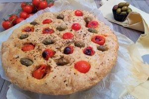 Focaccia semi integrale alla greca con metodo senza impasto
