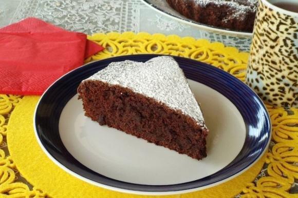 Torta con cioccolato fondente e banane senza lievito