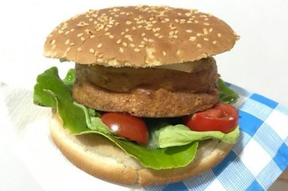 Hamburger di frittata vegetariana