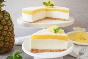 Cheesecake al cocco e ananas senza cottura