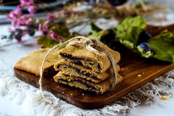 Biscotti di farro ai mirtilli e zucchero integrale di canna