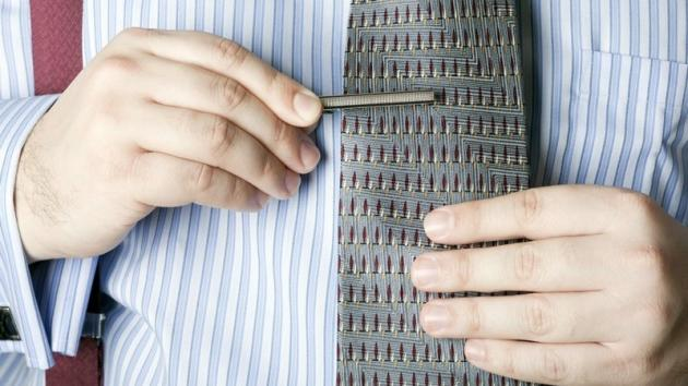 Fermacravatta: come e quando indossarlo