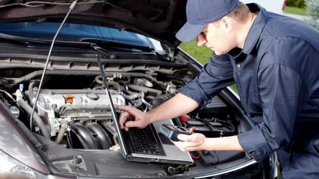 Quando fare la revisione auto: costi e scadenze
