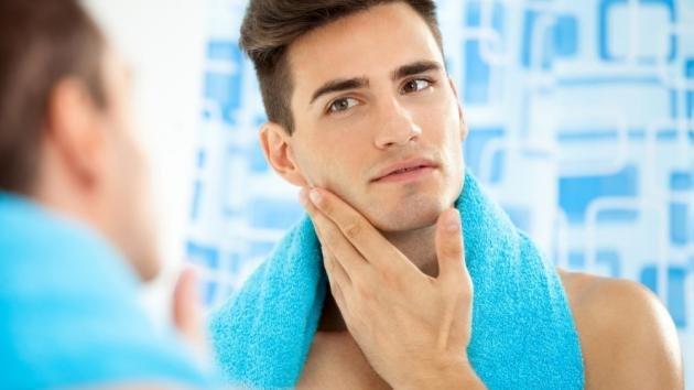 Follicolite da barba: cause e rimedi naturali
