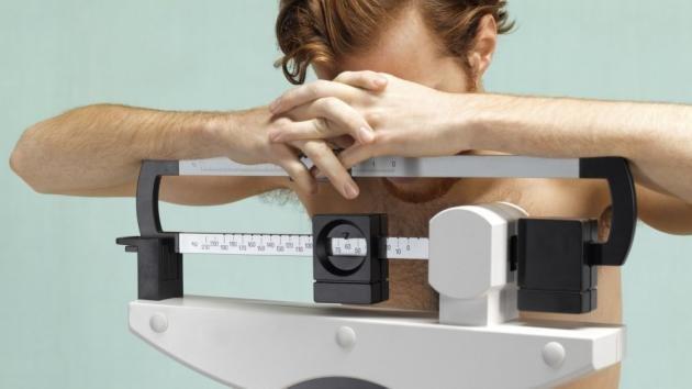Anoressia maschile: i sintomi e le cause più comuni