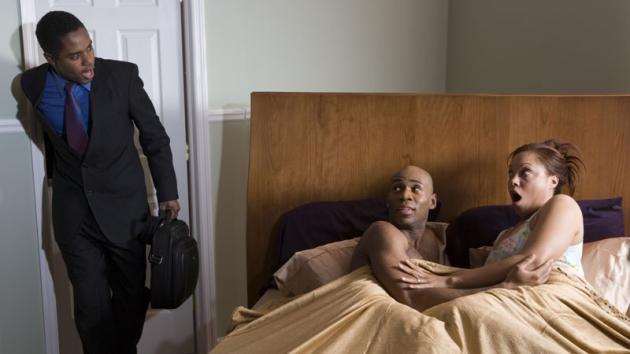 Come scoprire un tradimento di tua moglie
