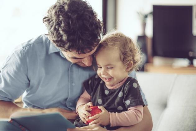 Ecco le 10 cose che un padre di figlie femmine dovrebbe sapere