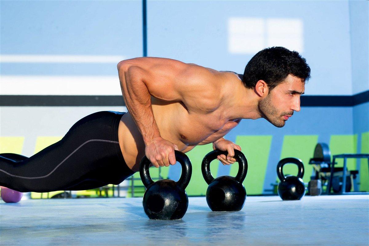 i migliori esercizi per perdere peso velocemente in palestra