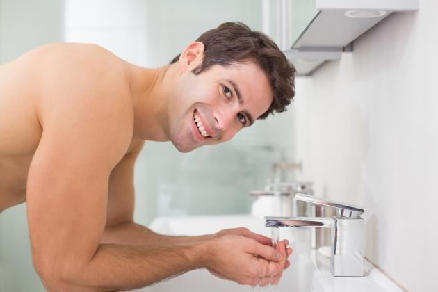 pulizia del viso uomo detox per perdere peso