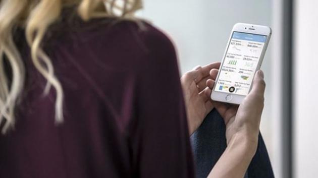 Come ricaricare lo smartphone comodamente via Internet