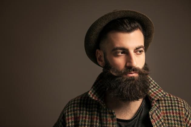 Barba hipster corta o lunga: come curarla e consigli utili