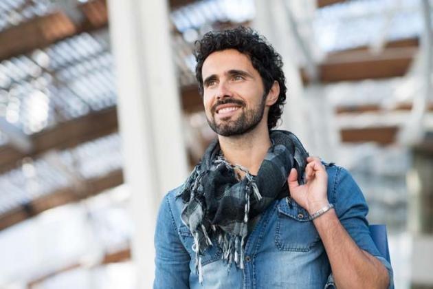 Capelli corti uomo: idee per pettinarli alla moda