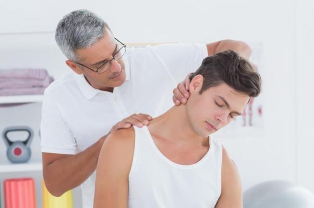 Cervicobrachialgia: sintomi, cause, terapia ed esercizi utili