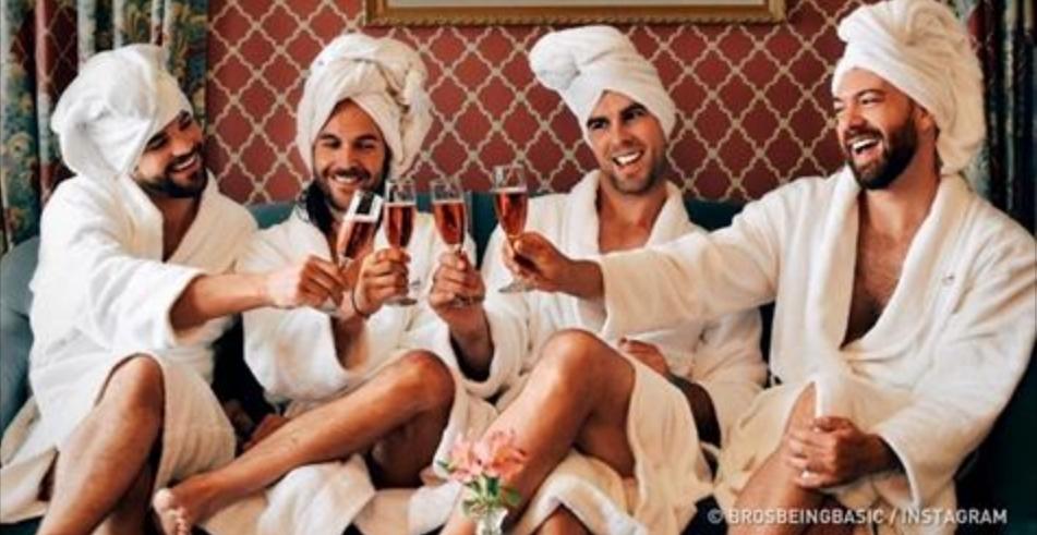 Queste immagini mostrano come gli uomini vedono le donne su Instagram