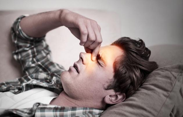 Occhio gonfio e dolorante: le cause più comuni e i rimedi