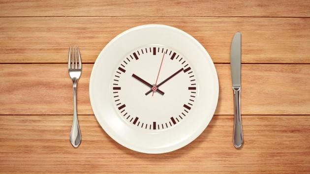 Digiuno intermittente per dimagrire ed aumentare la massa muscolare