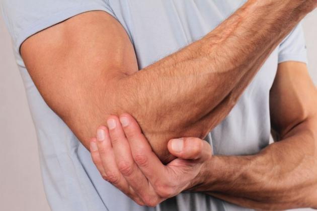 Dolori muscolari: cause, pericoli e rimedi