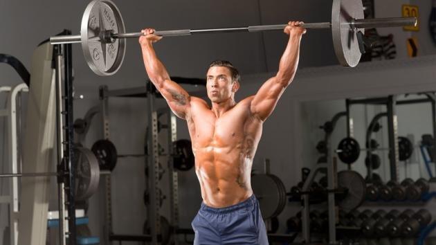 Esercizi per le spalle: quali sono i migliori e come eseguirli