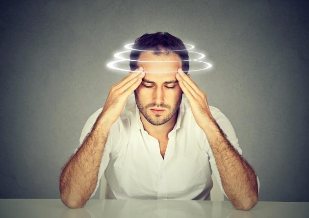 Giramenti di testa: cause principali e rimedi