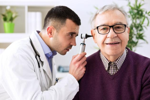 Come sciogliere il catarro nelle orecchie: rimedi naturali e cure