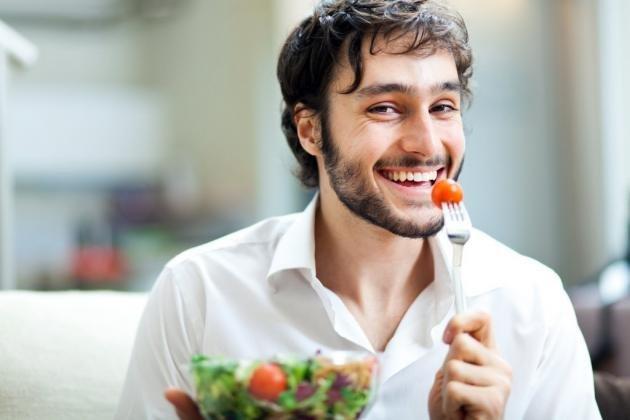 Colesterolo altissimo: sintomi principali e come rimediare