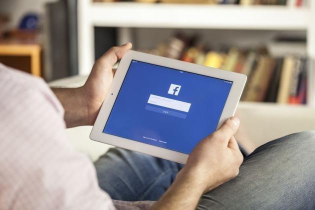 Come eliminare un account Facebook