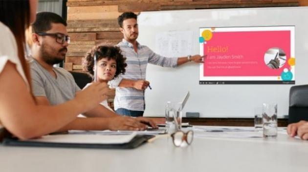 Come inserire gli sfondi in una diapositiva di PowerPoint
