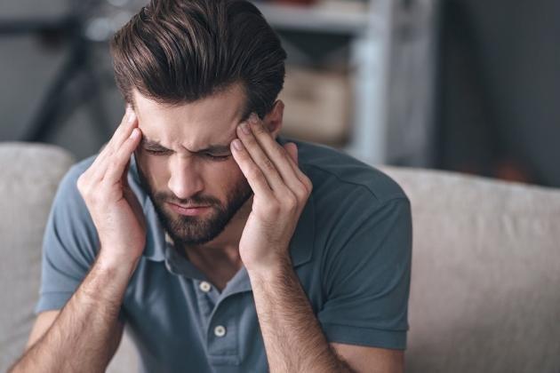 Cefalea muscolo tensiva: sintomi e rimedi naturali