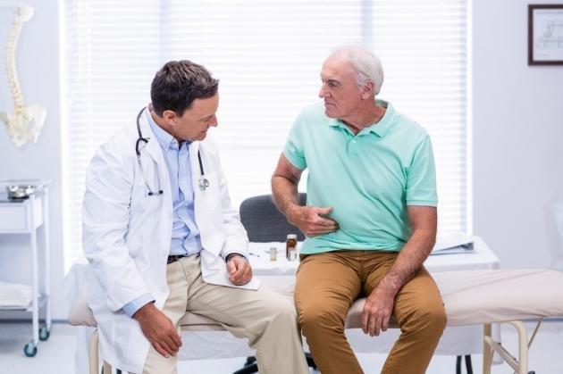 Colite spastica: sintomi principali e cosa non mangiare