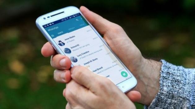 WhatsApp: broadcast, chat di gruppo e auto messaggi