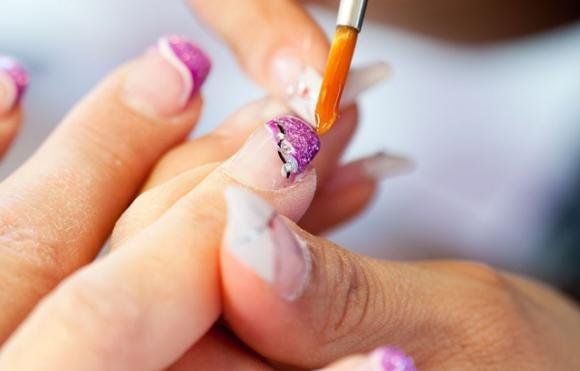 Gli errori da evitare nella ricostruzione delle unghie