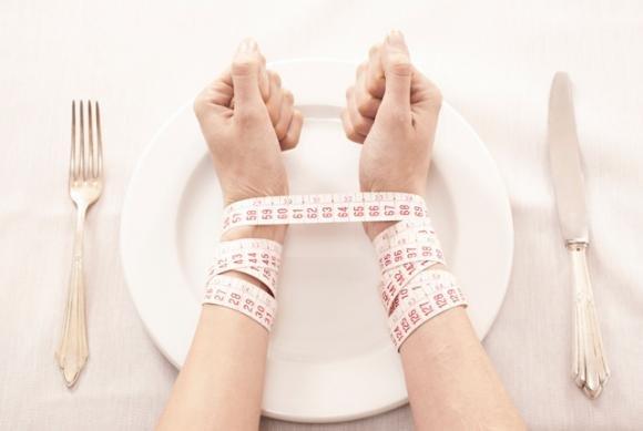 Anoressia nell'adolescenza: come riconoscerla