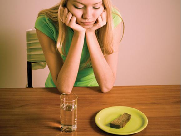 Anoressia: sintomi e possibili cure