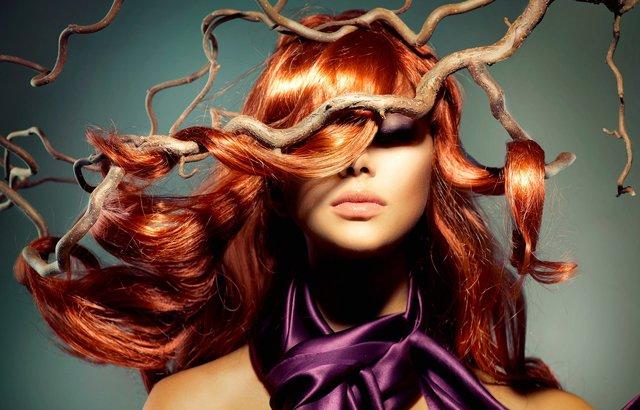 Rimedi naturali per i capelli secchi e sfibrati